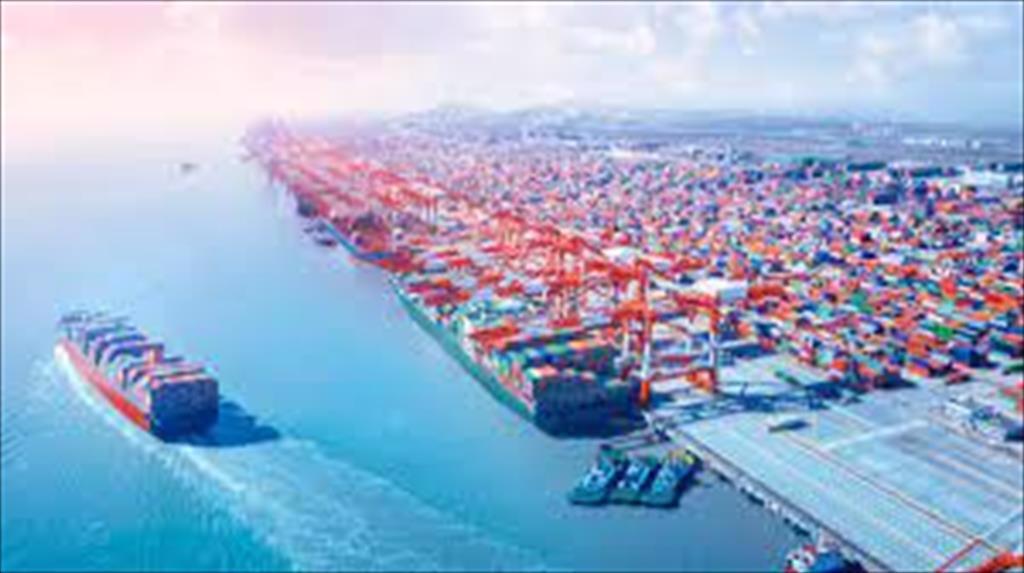 Gần một năm trôi qua tại sao cước vận tải toàn cầu vẫn tăng
